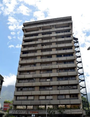Oficina Distrito Metropolitano>Caracas>Los Dos Caminos - Venta:312.972.000.000 Precio Referencial - codigo: 15-3174