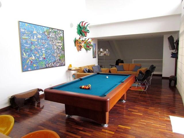 Apartamento Distrito Metropolitano>Caracas>Santa Fe Norte - Venta:254.035.000.000 Bolivares Fuertes - codigo: 15-3194