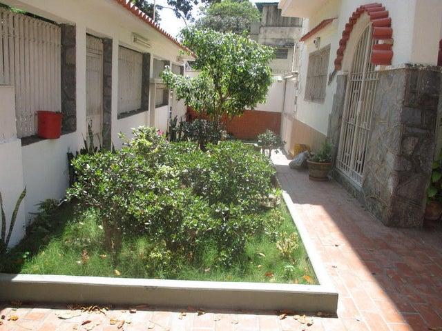Casa Distrito Metropolitano>Caracas>Las Acacias - Venta:35.250.000.000 Bolivares - codigo: 15-3216