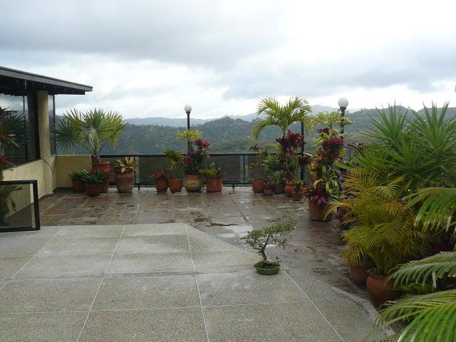 Casa Distrito Metropolitano>Caracas>Oripoto - Venta:150.000 US Dollar - codigo: 15-3221