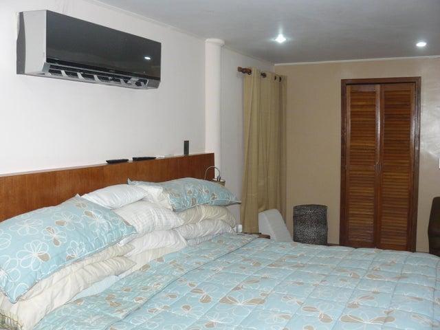 Casa Distrito Metropolitano>Caracas>Oripoto - Venta:18.762.000  - codigo: 15-3221