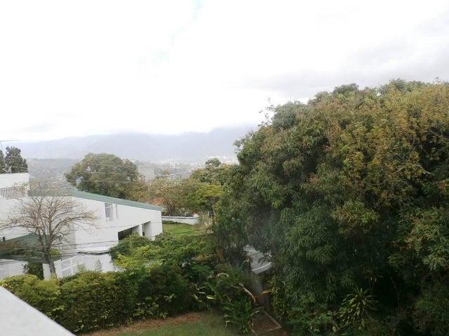 Casa Distrito Metropolitano>Caracas>Lomas de La Trinidad - Venta:251.592.000.000 Precio Referencial - codigo: 15-3773