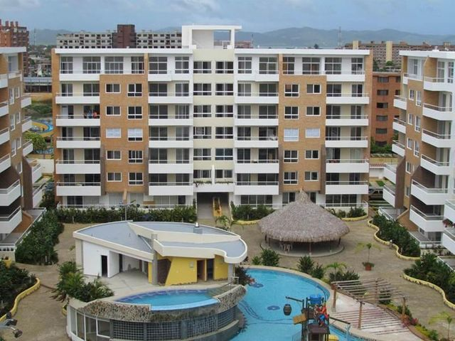 Apartamento Miranda>Higuerote>Higuerote - Venta:68.539.000.000 Precio Referencial - codigo: 15-3310