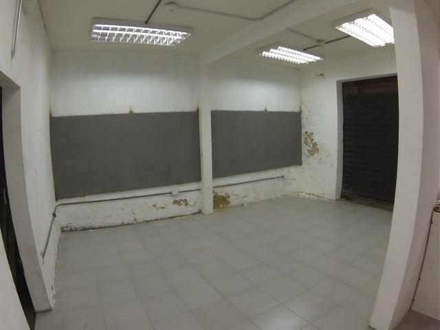 Local Comercial Distrito Metropolitano>Caracas>Boleita Sur - Venta:141.096.000.000 Precio Referencial - codigo: 15-3337