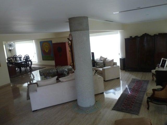 Casa Distrito Metropolitano>Caracas>Santa Paula - Venta:156.555.000.000 Bolivares - codigo: 15-3417