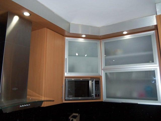 Apartamento Distrito Metropolitano>Caracas>La Urbina - Venta:34.032.000.000 Precio Referencial - codigo: 15-3364