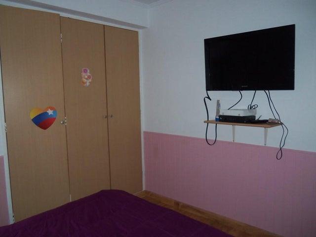 Apartamento Distrito Metropolitano>Caracas>La Urbina - Venta:9.700.000.000 Bolivares Fuertes - codigo: 15-3364