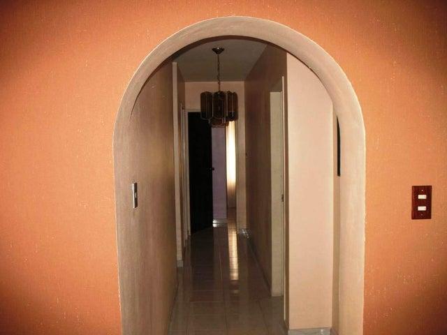 Apartamento Distrito Metropolitano>Caracas>La Urbina - Venta:13.856.000.000 Bolivares Fuertes - codigo: 15-3437