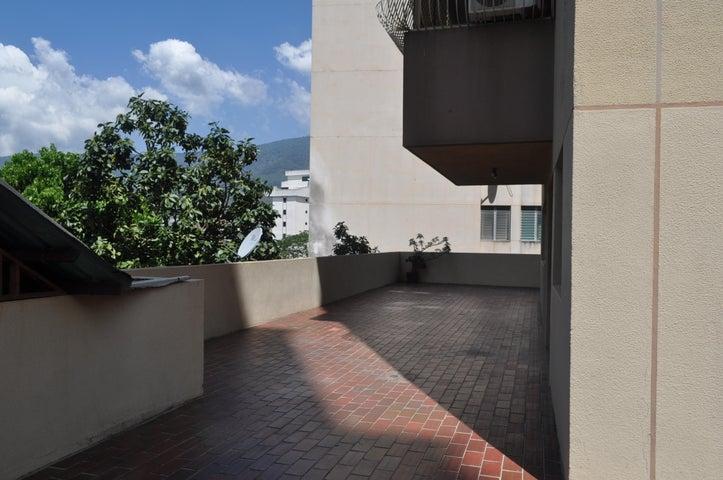 Apartamento Distrito Metropolitano>Caracas>Los Chaguaramos - Venta:23.500.000.000 Bolivares Fuertes - codigo: 15-3456
