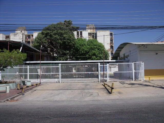 Local Comercial Zulia>Ciudad Ojeda>Cristobal Colon - Venta:47.001.000.000 Bolivares Fuertes - codigo: 15-3521