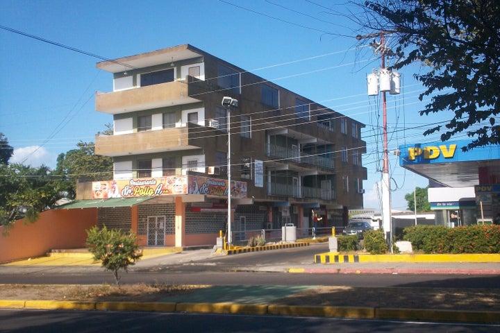 Local Comercial Bolivar>Ciudad Bolivar>Paseo Meneses - Venta:0 Bolivares Fuertes - codigo: 15-3555