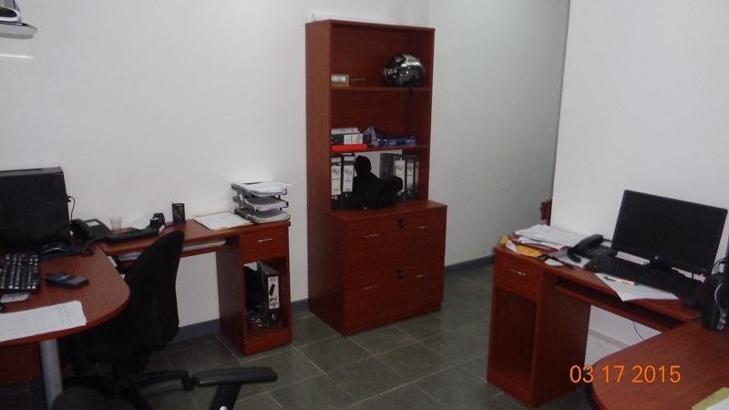 Local Comercial Distrito Metropolitano>Caracas>Sabana Grande - Venta:457.261.000.000 Precio Referencial - codigo: 15-4590