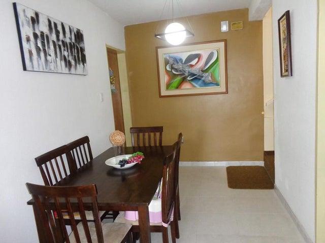 Casa Distrito Metropolitano>Caracas>La Union - Venta:88.264.000.000 Bolivares - codigo: 15-3959