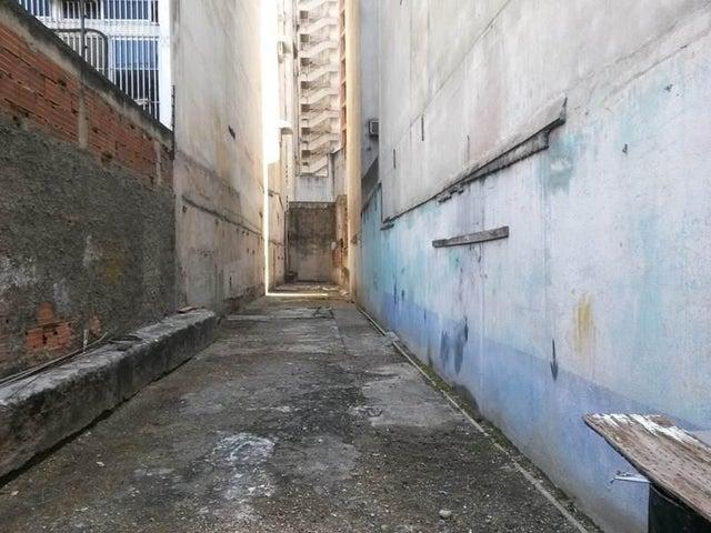 Terreno Distrito Metropolitano>Caracas>Chacao - Venta:127.097.000.000 Precio Referencial - codigo: 15-3791