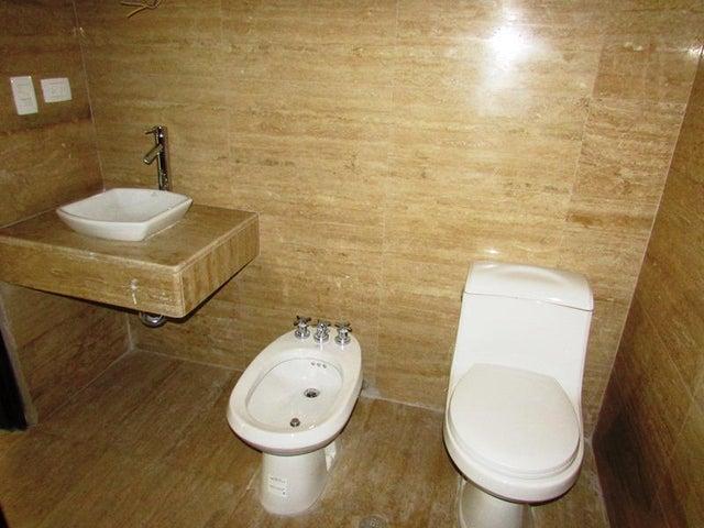 Apartamento Distrito Metropolitano>Caracas>Las Mercedes - Venta:94.538.000.000 Precio Referencial - codigo: 15-3797