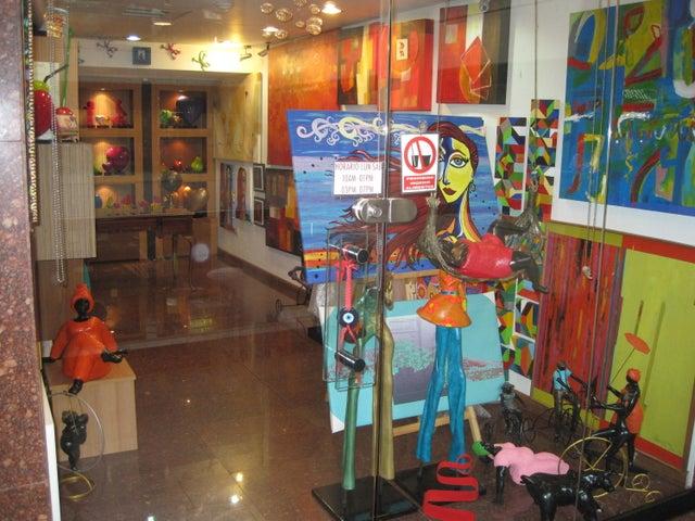 Local Comercial Distrito Metropolitano>Caracas>Santa Fe Norte - Venta:9.238.000.000 Bolivares - codigo: 15-3808