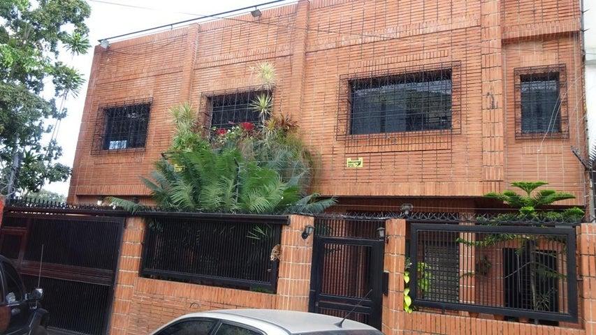 Casa Distrito Metropolitano>Caracas>Mariperez - Venta:170.000 US Dollar - codigo: 15-3814