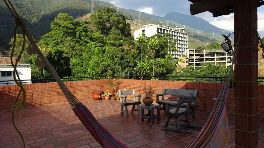 Casa Distrito Metropolitano>Caracas>Mariperez - Venta:230.000 US Dollar - codigo: 15-3814