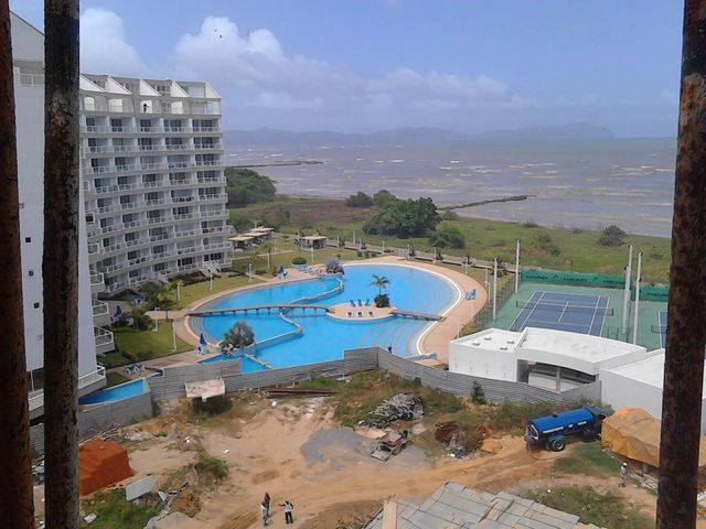 Apartamento Miranda>Higuerote>Agua Sal - Venta:38.311.000.000 Precio Referencial - codigo: 15-445