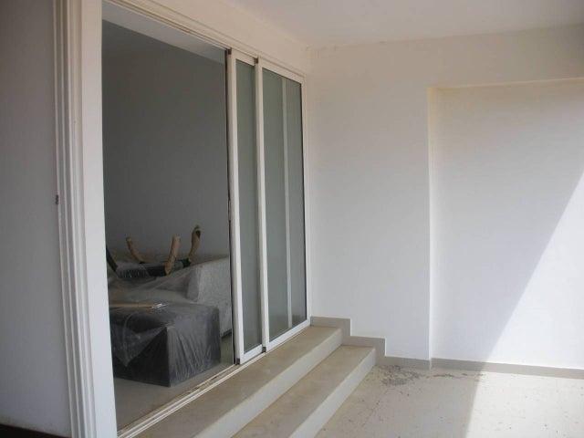 Apartamento Miranda>Higuerote>Agua Sal - Venta:56.579.000.000 Bolivares Fuertes - codigo: 15-3865