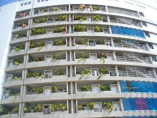 Apartamento Miranda>Higuerote>Agua Sal - Venta:13.579.000.000 Bolivares Fuertes - codigo: 15-3866