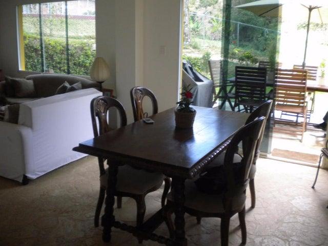 Townhouse Distrito Metropolitano>Caracas>El Hatillo - Venta:172.400.000.000 Precio Referencial - codigo: 15-3886