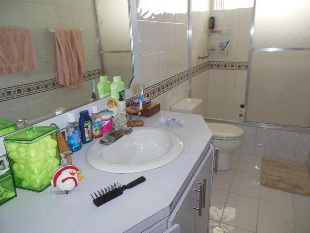Casa Distrito Metropolitano>Caracas>El Marques - Venta:158.789.000.000 Precio Referencial - codigo: 15-3893
