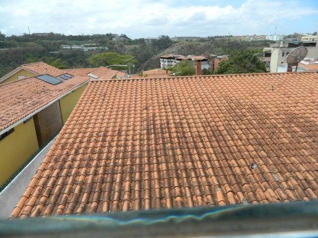 Casa Distrito Metropolitano>Caracas>Miranda - Venta:57.557.000.000 Bolivares - codigo: 15-3901