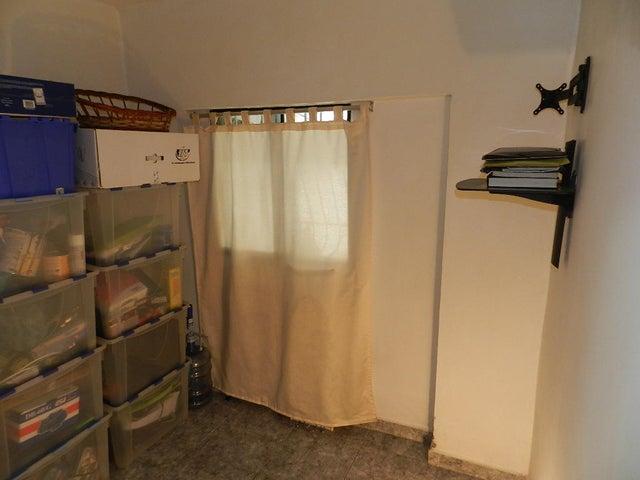 Apartamento Distrito Metropolitano>Caracas>Parroquia Altagracia - Venta:5.774.000.000 Bolivares Fuertes - codigo: 15-3918