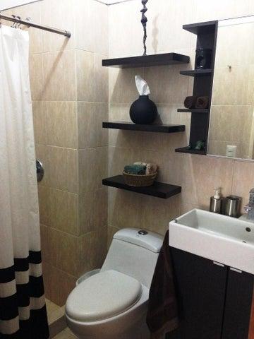 Apartamento Distrito Metropolitano>Caracas>Lomas del Sol - Venta:94.538.000.000 Precio Referencial - codigo: 15-3922