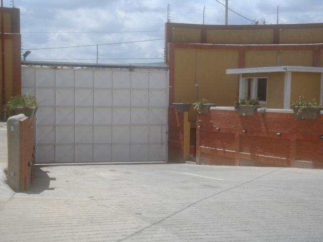 Local Comercial Lara>Barquisimeto>Parroquia Juan de Villegas - Venta:274.827.000.000 Precio Referencial - codigo: 15-4006