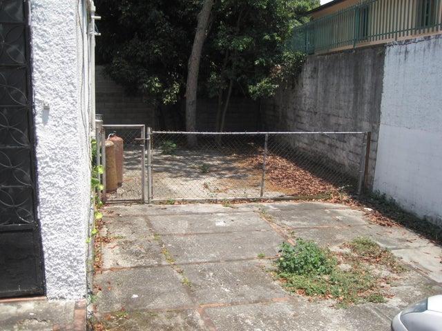 Terreno Distrito Metropolitano>Caracas>La Florida - Venta:23.076.000.000 Bolivares - codigo: 15-4062