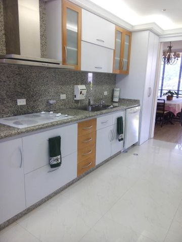 Apartamento Distrito Metropolitano>Caracas>La Tahona - Venta:444.840.000.000 Precio Referencial - codigo: 15-4503