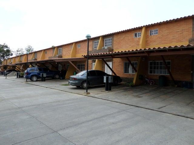 Townhouse Carabobo>Municipio San Diego>Pueblo de San Diego - Venta:0  - codigo: 15-4181