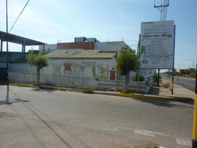 Galpon - Deposito Zulia>Ciudad Ojeda>Intercomunal - Venta:53.572.000.000 Precio Referencial - codigo: 15-4188