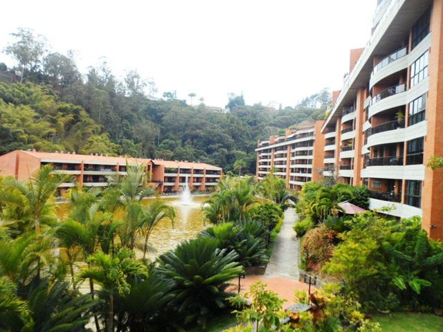 Apartamento Distrito Metropolitano>Caracas>La Lagunita Country Club - Venta:228.630.000.000 Precio Referencial - codigo: 15-4251