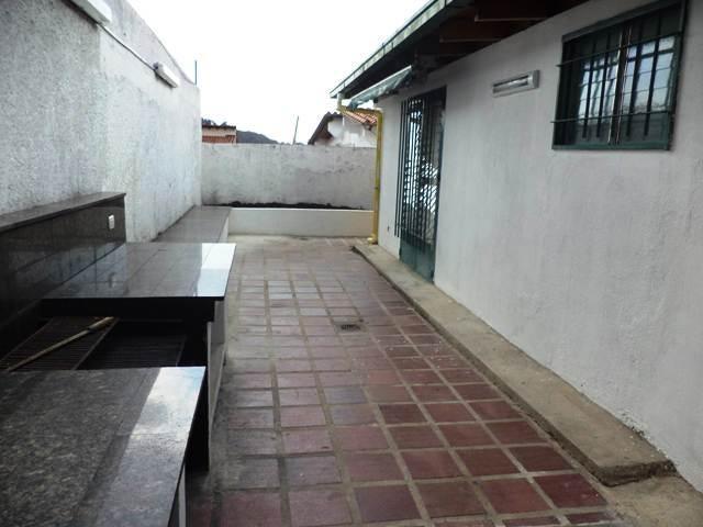 Casa Distrito Metropolitano>Caracas>Alto Prado - Venta:506.000.000 Bolivares - codigo: 15-4272