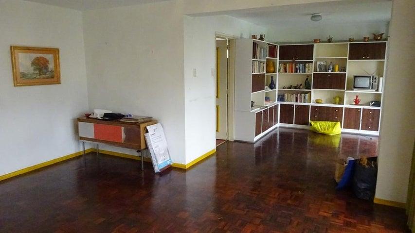 Apartamento Distrito Metropolitano>Caracas>Santa Rosa de Lima - Venta:17.740.000 Precio Referencial - codigo: 15-4350