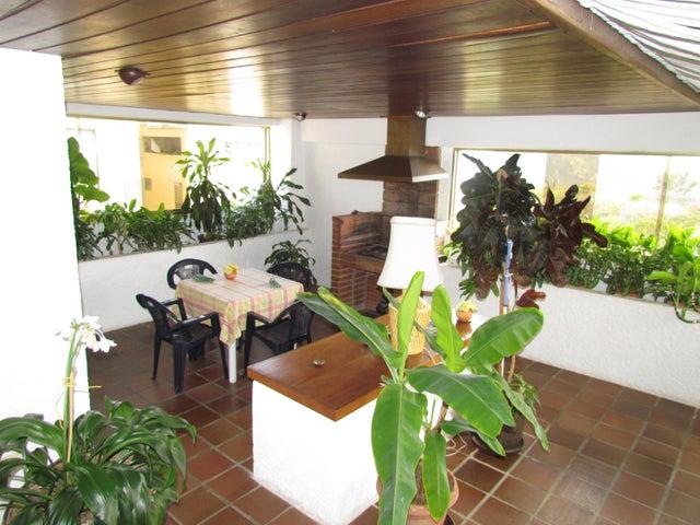 Apartamento Distrito Metropolitano>Caracas>Los Samanes - Venta:74.685.000.000 Bolivares Fuertes - codigo: 15-4359