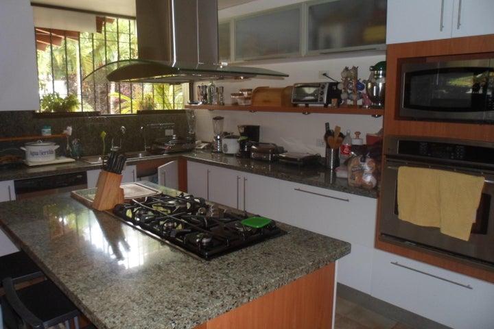 Casa Distrito Metropolitano>Caracas>Prados del Este - Venta:2.242.500.000 Bolivares - codigo: 15-4383