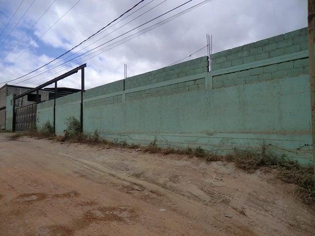 Local Comercial Miranda>Guatire>Guatire - Venta:89.789.000.000 Bolivares - codigo: 15-4403