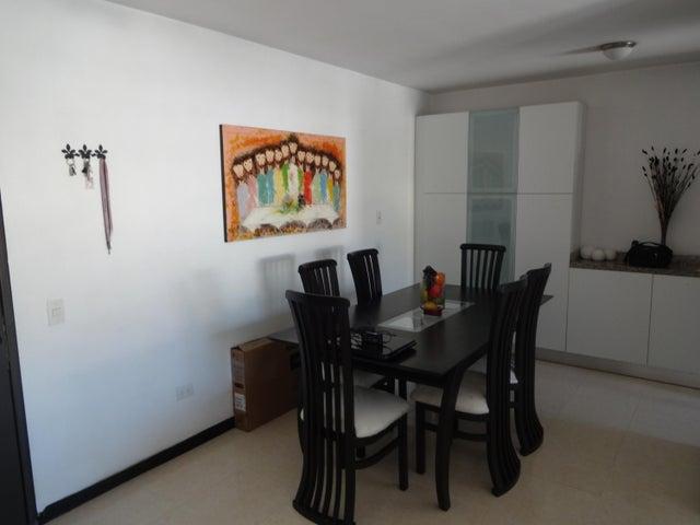 Apartamento Distrito Metropolitano>Caracas>Lomas del Avila - Venta:11.536.000.000 Bolivares Fuertes - codigo: 15-4419