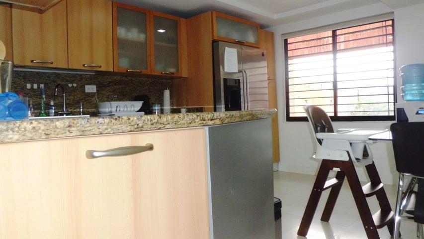 Apartamento Distrito Metropolitano>Caracas>Los Samanes - Venta:351.186.000.000 Precio Referencial - codigo: 15-4476