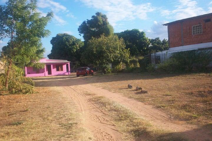 Terreno Bolivar>Ciudad Bolivar>Agua Salada - Venta:32.000.000 Bolivares Fuertes - codigo: 15-4488