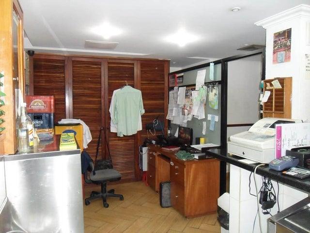 Negocios y Empresas Distrito Metropolitano>Caracas>El Paraiso - Venta:247.059.642.000.000 Bolivares - codigo: 15-4700