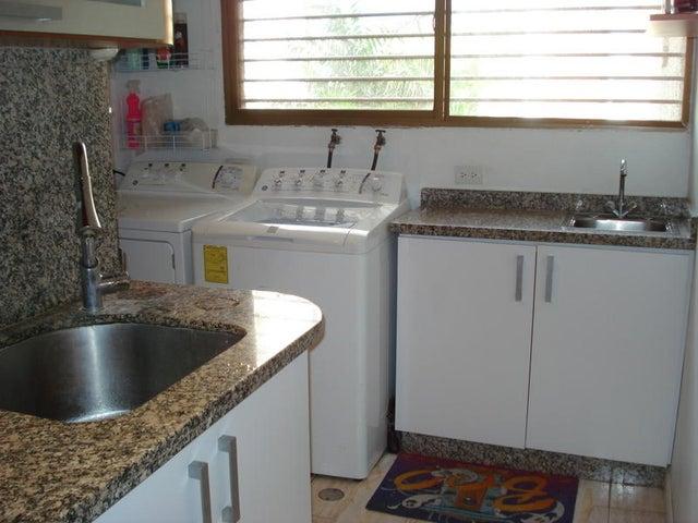 Apartamento Distrito Metropolitano>Caracas>Santa Fe Sur - Venta:1.716.448.738.648.000.000 Precio Referencial - codigo: 14-12627