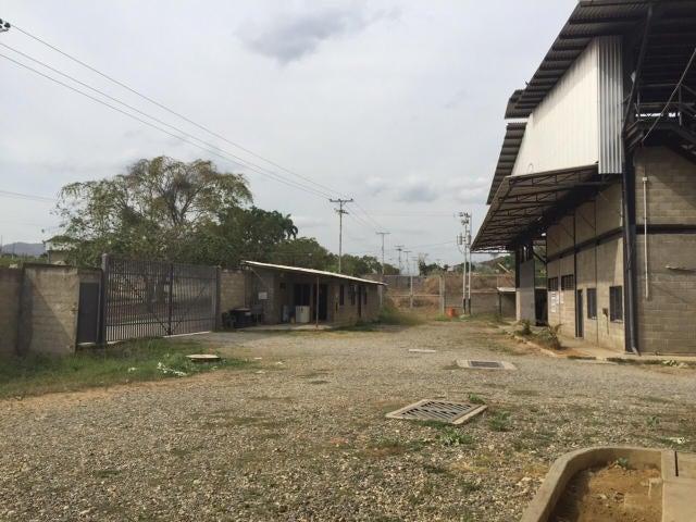Galpon - Deposito Miranda>Charallave>Rio Tuy - Venta:1.500.000 Precio Referencial - codigo: 15-4389