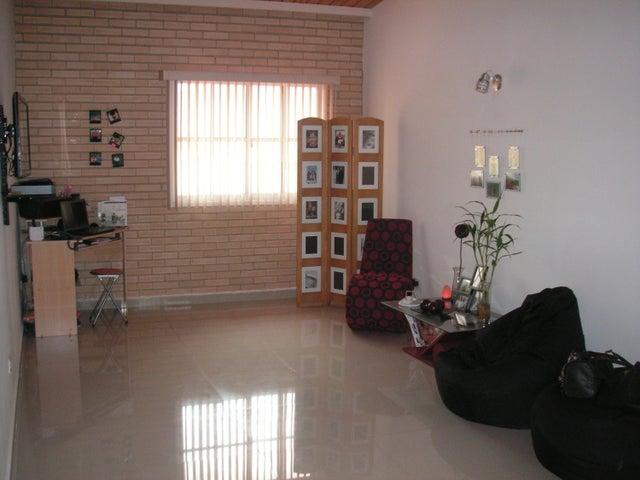 Apartamento Miranda>Guatire>Alto Grande - Venta:22.597.000.000 Precio Referencial - codigo: 15-4896