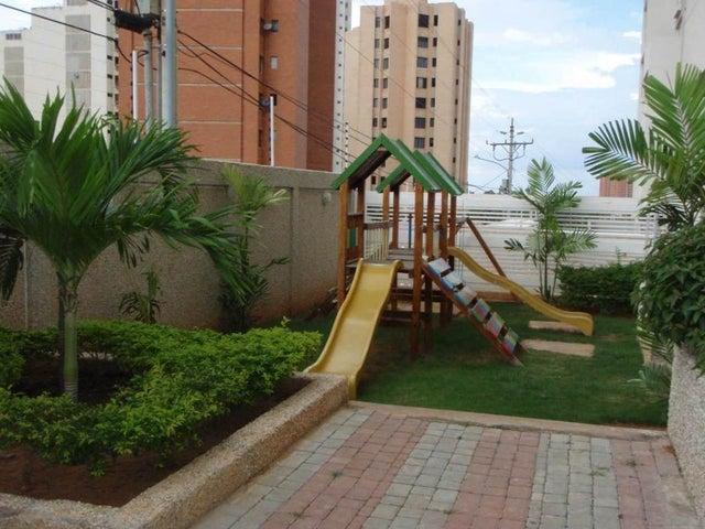 Apartamento Zulia>Maracaibo>La Lago - Venta:17.000.000.000 Bolivares Fuertes - codigo: 15-4941
