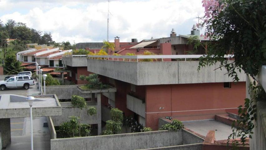 Townhouse Distrito Metropolitano>Caracas>Los Naranjos del Cafetal - Venta:92.534.000.000 Bolivares Fuertes - codigo: 15-4958